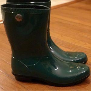 UGG Shoes - NWT UGG Sienna Pine Rainboots Size 11